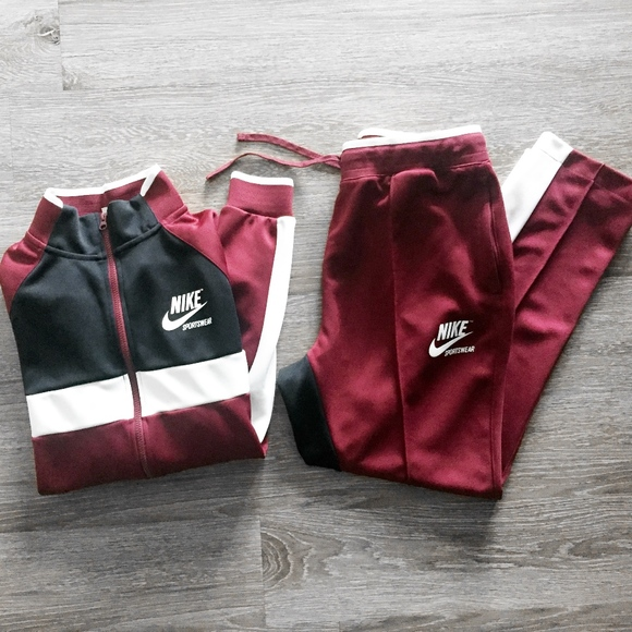 aa062472380 NIKE SPORTSWEAR dark red 2 piece track suit set L.  M_5bacd9953c984462b3310a77